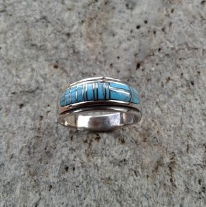 Sterling silver turquoise inlaid ring